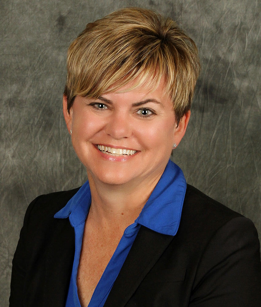 Amy Gile-Enge is Vice President, Real Estate Loans at Capitol Bank