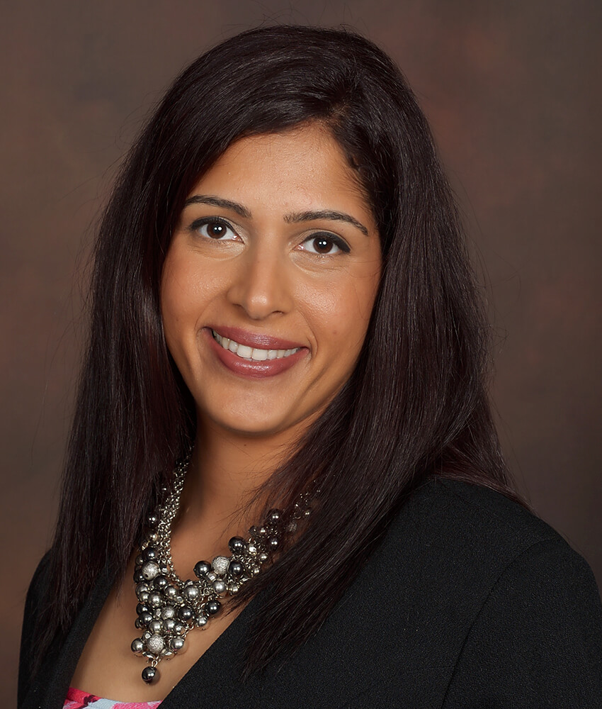 Roshni Kharoliwalla is Relationship Banker at Capitol Bank